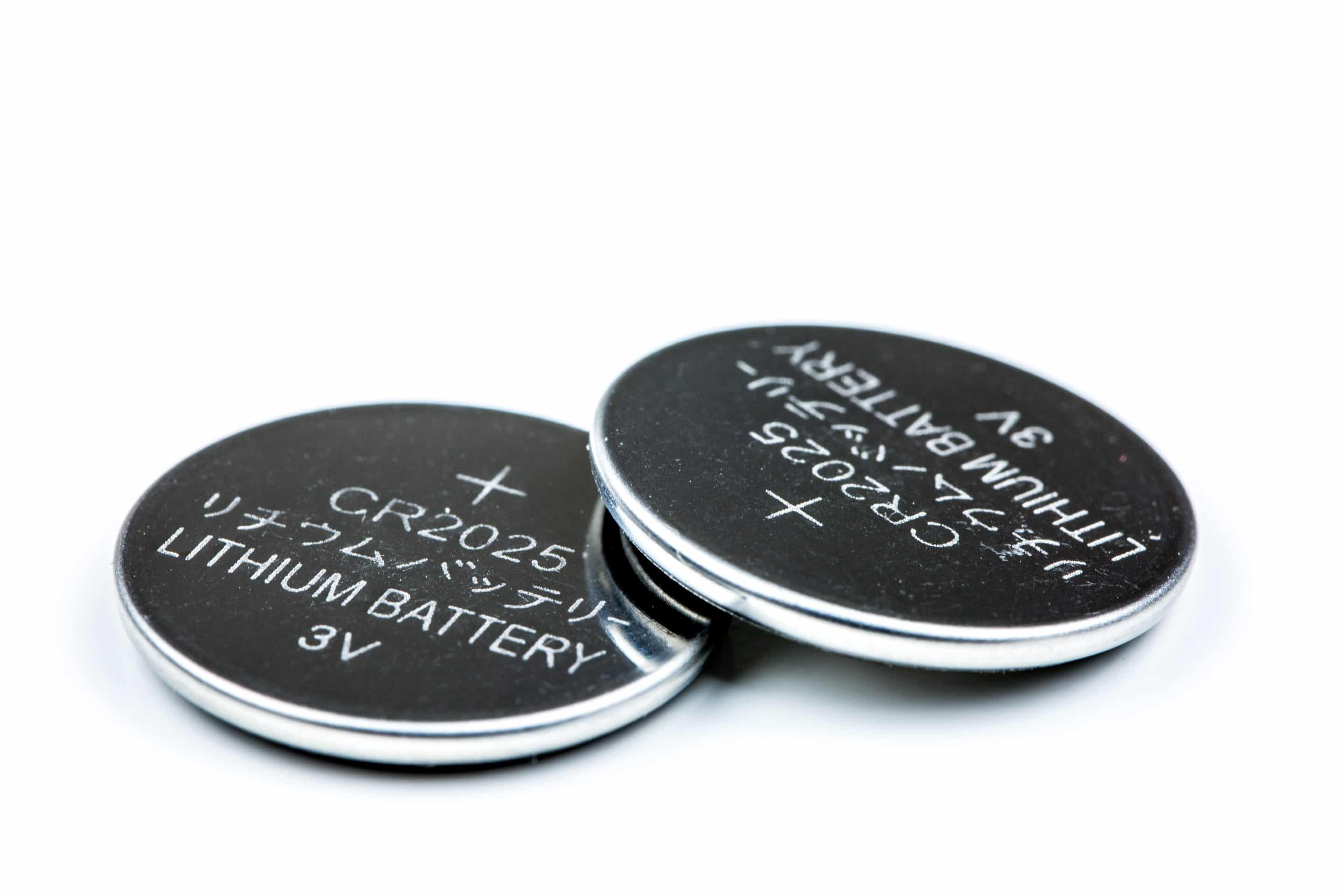CR2032 vs BR2032 vs LIR2032 Coin Cell Batteries | Side-by-Side Comparison